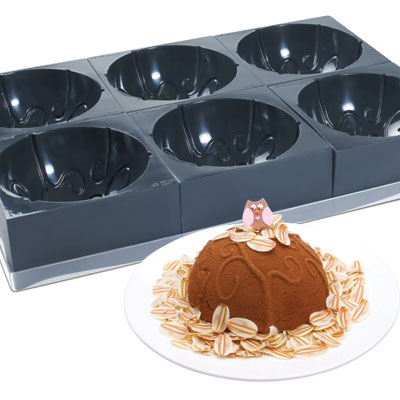 Cake moulds in Tray